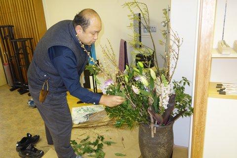 和小物さくら 2月のお花作業中