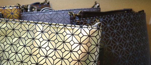 新作ステリック樹脂プリントバッグ